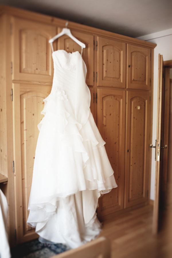 abito da sposa con strascico
