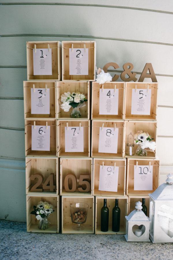 tableau de mariage con scatole di vino