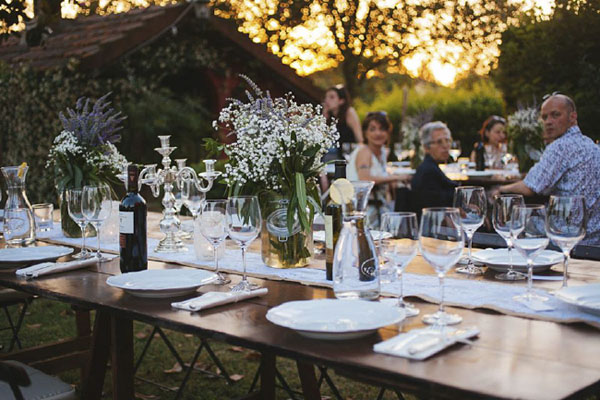 Matrimonio Tema Grano : Un matrimonio rustico in campo di grano wedding
