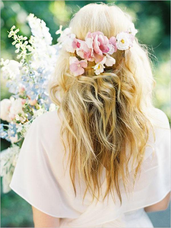corona di fiori per matrimonio bohemien