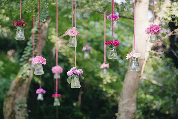 fiori rosa e fucsia sospesi