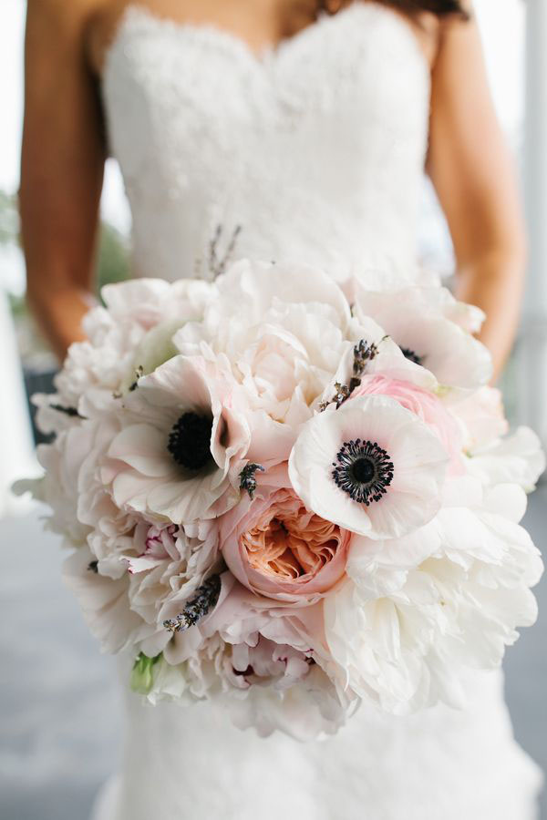 anemoni per un matrimonio in primavera