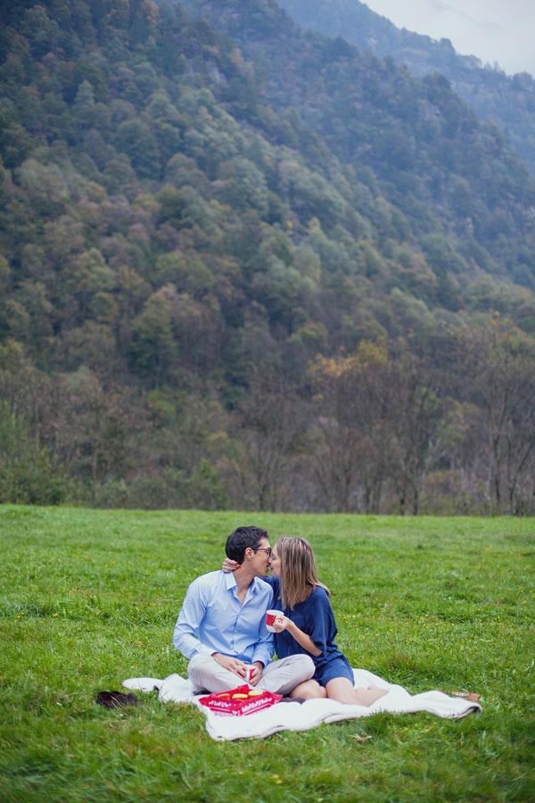 engagement session picnic nel canton ticino-21