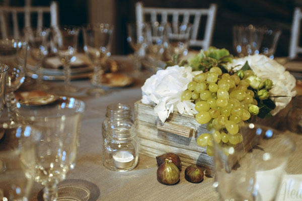 Matrimonio Tema Legno : Un matrimonio country chic a tema vino