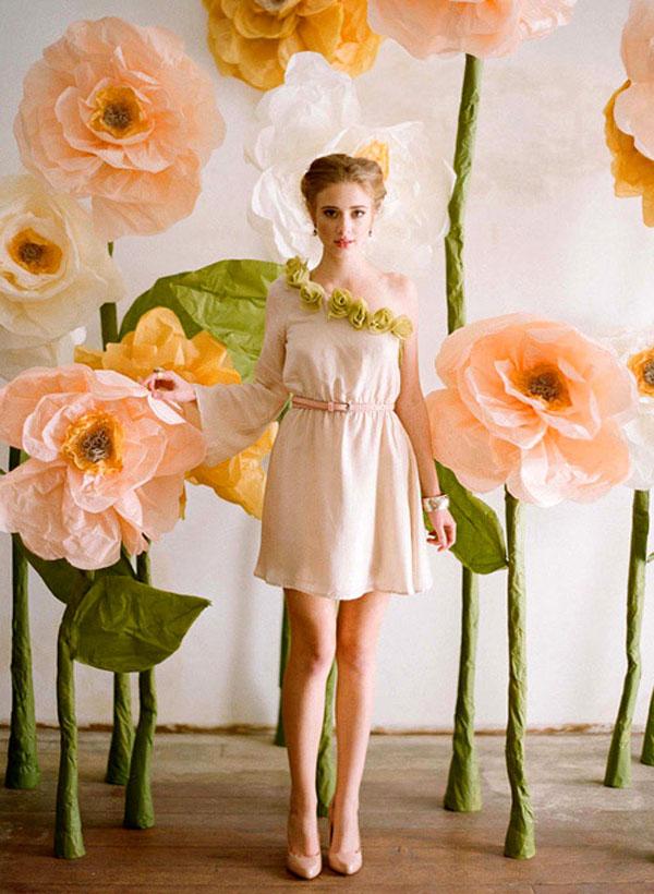 sfondo per photo booth con fiori giganti