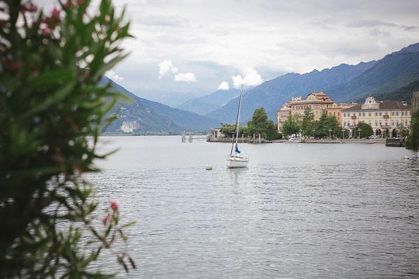 Matrimonio Spiaggia Lago Maggiore : Un matrimonio chic sul lago maggiore