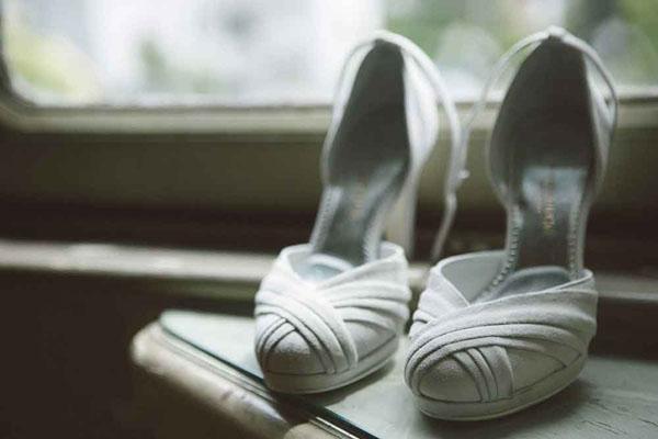 scarpe da sposa in camoscio