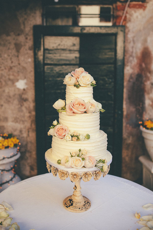 Torte Matrimonio Country Chic : Un matrimonio rock n roll dai colori pastello