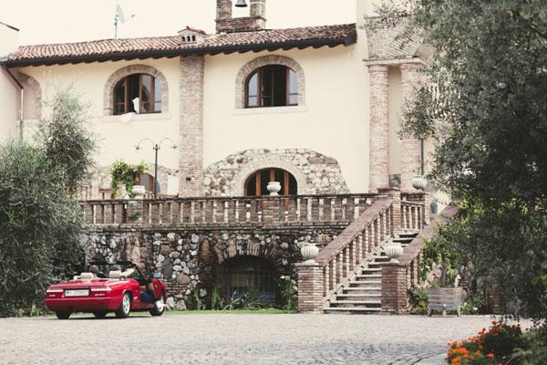 Matrimonio Country Chic Lago Di Garda : Un matrimonio shabby chic tra i vigneti