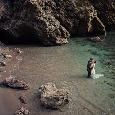Un trash the dress in riva al mare