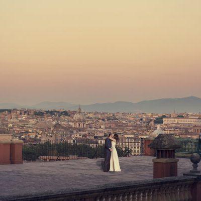 Un trash the dress a Roma all'alba