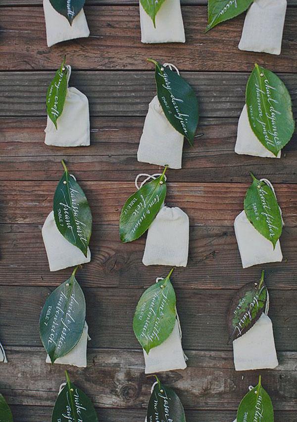 foglie escort card