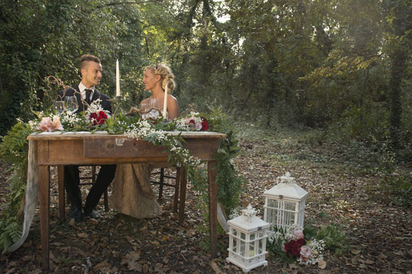 Matrimonio Bosco Toscana : Inspiration shoot un matrimonio autunnale nel bosco