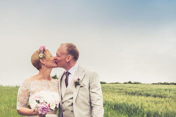 Un matrimonio intimo e bohémien