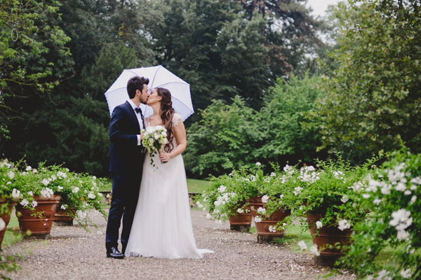 matrimonio vintage sotto la pioggia | l&v photography-11