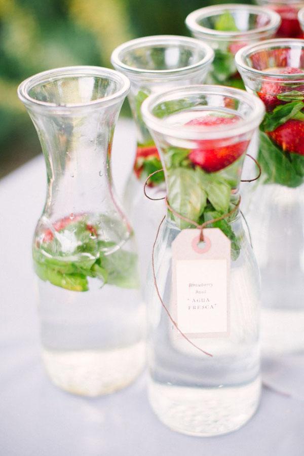 acqua aromatizzata alla fragola