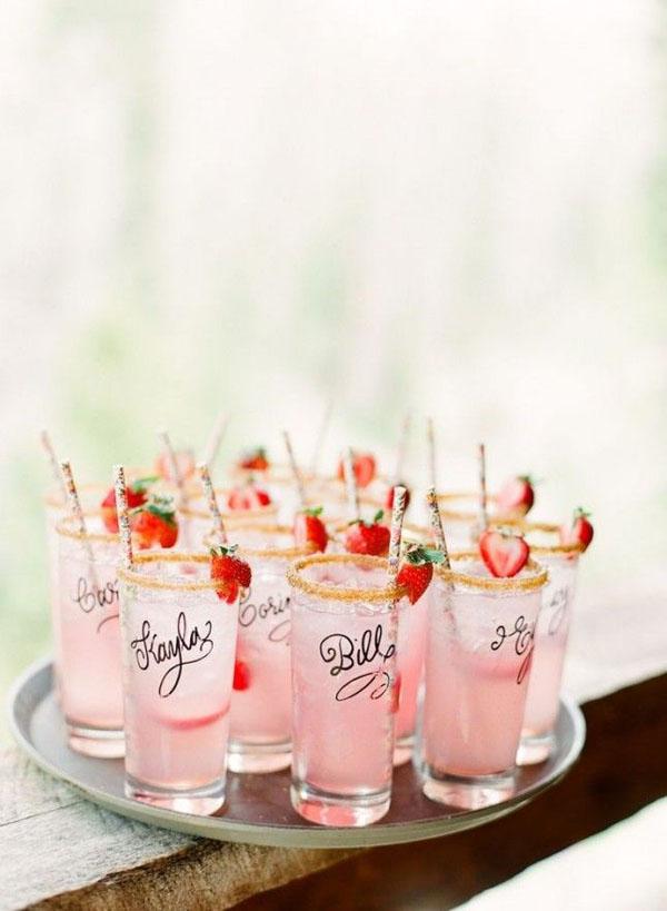 cocktail personalizzati alla fragola per matrimonio