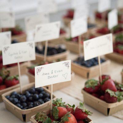 15 idee per un matrimonio a tema frutti di bosco