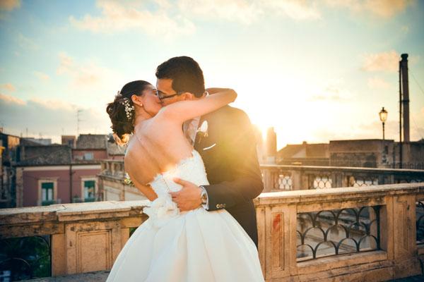 matrimonio romantico in rosa e grigio a ragusa-16