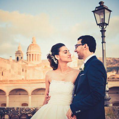 Un matrimonio romantico in grigio e rosa cipria