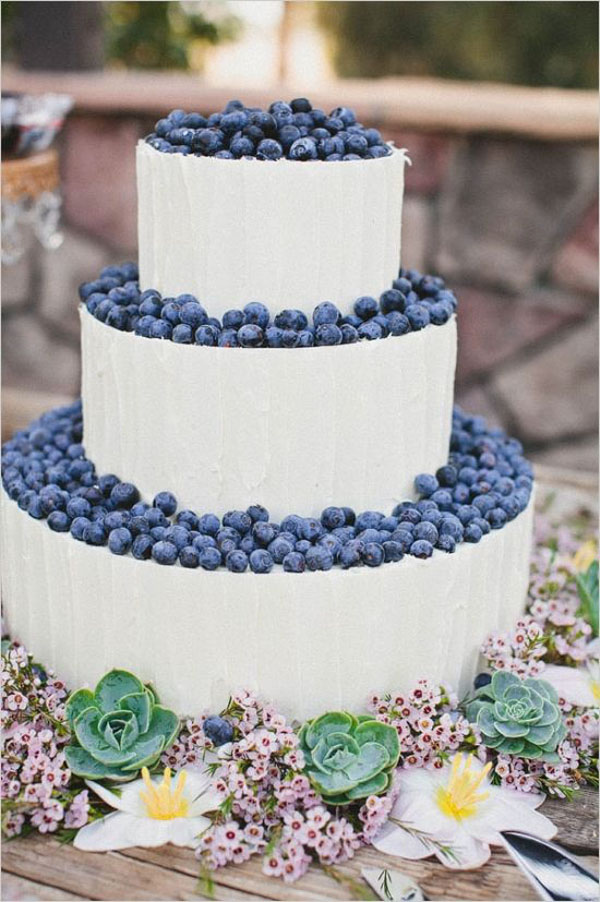 wedding cake ai mirtilli