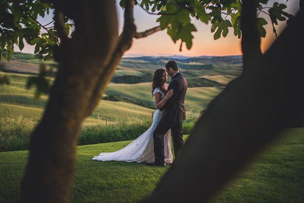 Matrimonio Bosco Toscana : Un matrimonio intimo sulle colline toscane wedding