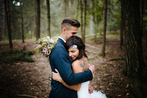 Un matrimonio shabby chic nel bosco