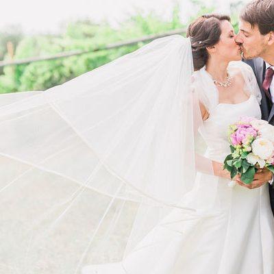 Un matrimonio country chic dai colori pastello