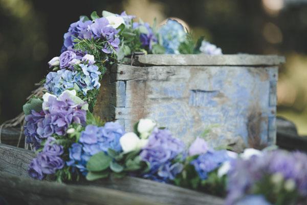 Matrimonio Lilla E Azzurro : Azzurro e viola per un matrimonio country wedding wonderland