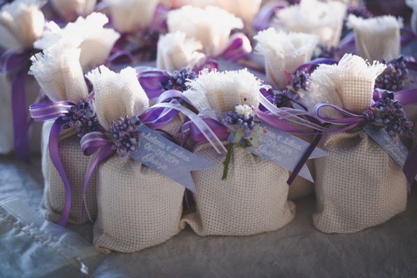 Matrimonio Country Chic Piemonte : Azzurro e viola per un matrimonio country wedding wonderland