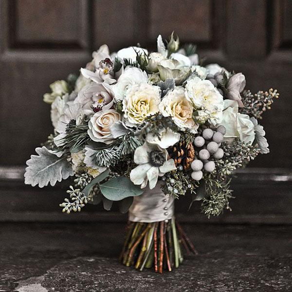 Fiori Bianchi Con Centro Nero.10 Fiori Per Un Matrimonio In Inverno Wedding Wonderland