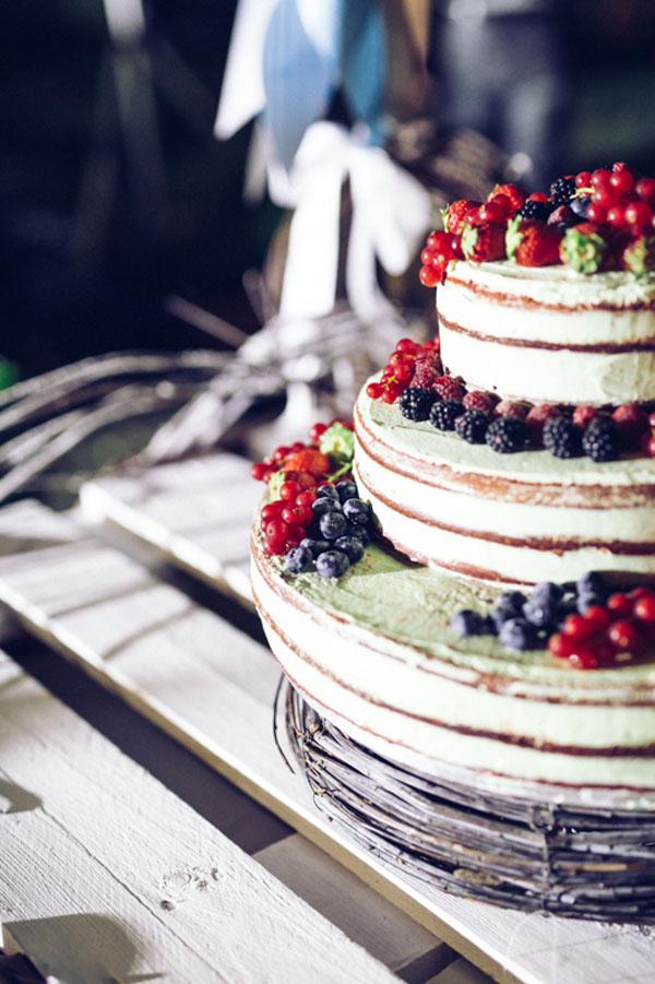 Matrimonio Bohemien Zone : Una roulotte rosa per un matrimonio bohémien wedding