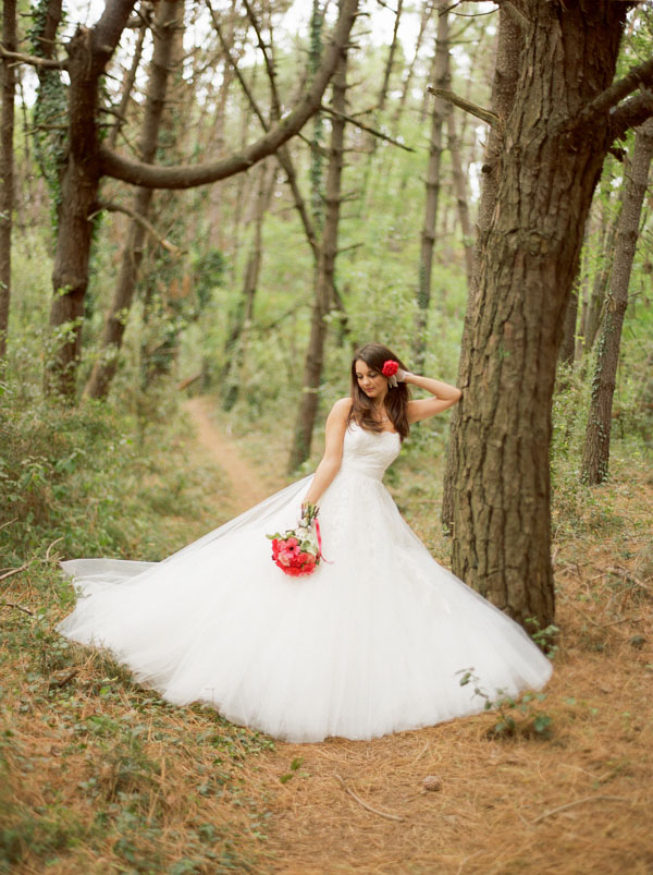 matrimonio magenta e marsala in pineta-09