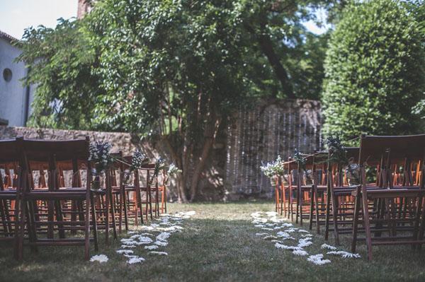 matrimonio rustico con lavanda e fiori di campo-08