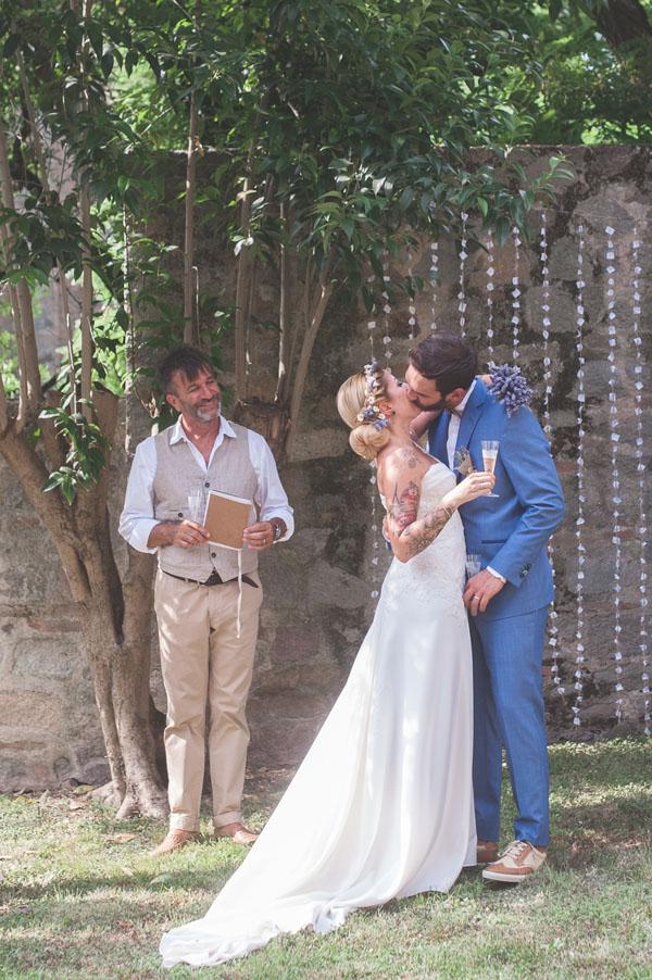 matrimonio rustico con lavanda e fiori di campo-15