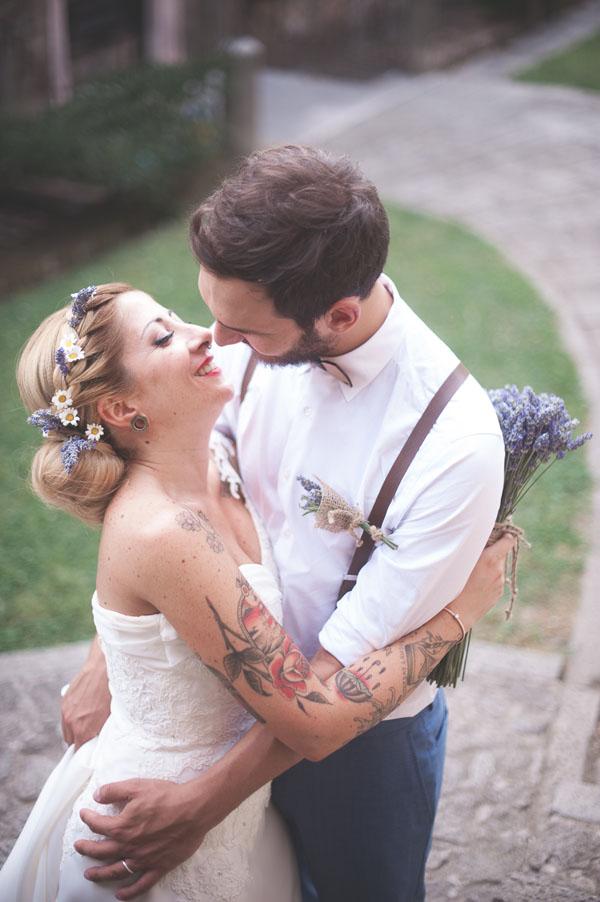 matrimonio rustico con lavanda e fiori di campo-18