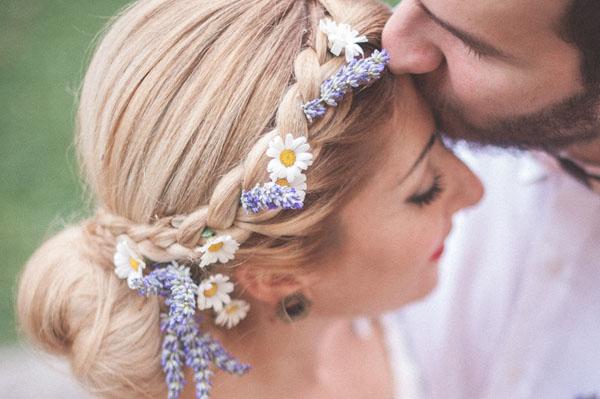 matrimonio rustico con lavanda e fiori di campo-19