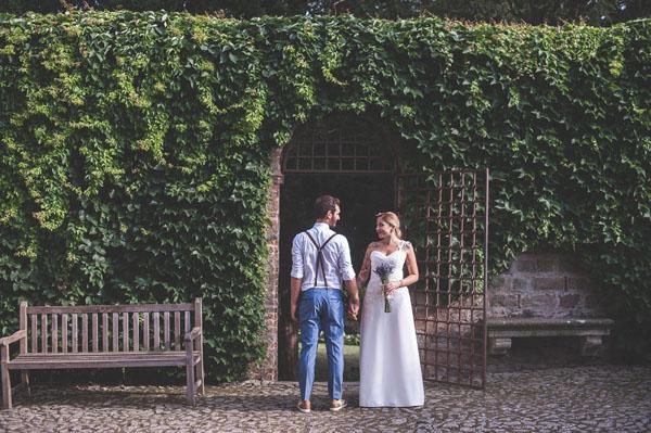Matrimonio Rustico Sposa : Lavanda e margherite per un matrimonio rustico wedding
