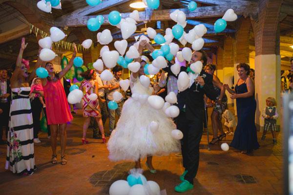Matrimonio Tema Viaggi Vintage : Un matrimonio vintage ispirato ai viaggi wedding wonderland