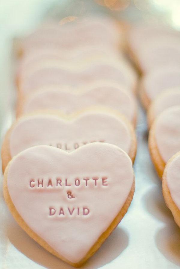 biscotti glassati a forma di cuore