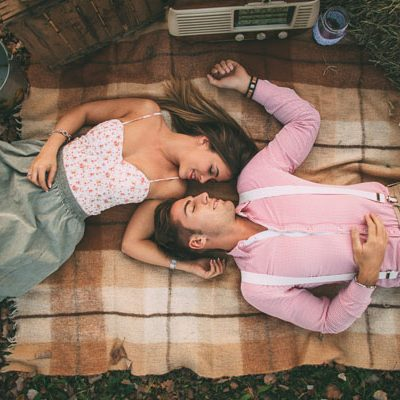 Un'engagement session country in autunno