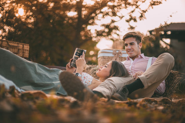 engagement session picnic-06