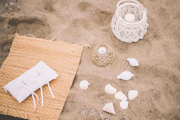 matrimonio bohemien in spiaggia-14