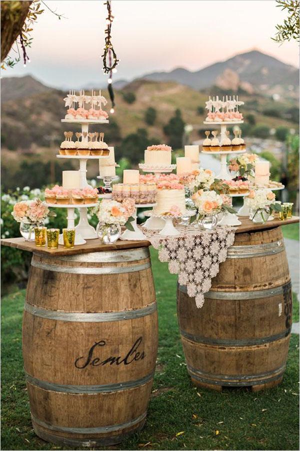 sweet table con botti di vino