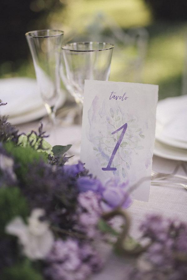 segnatavolo acquerello viola