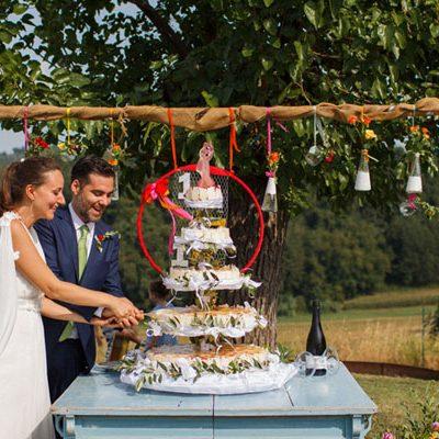 Un matrimonio bucolico e coloratissimo