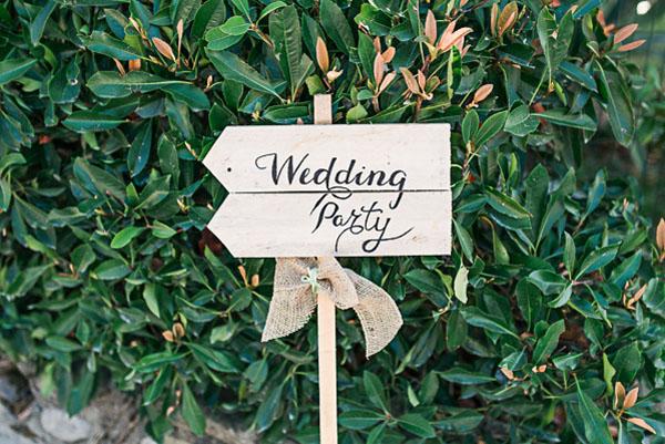cartello matrimonio in legno
