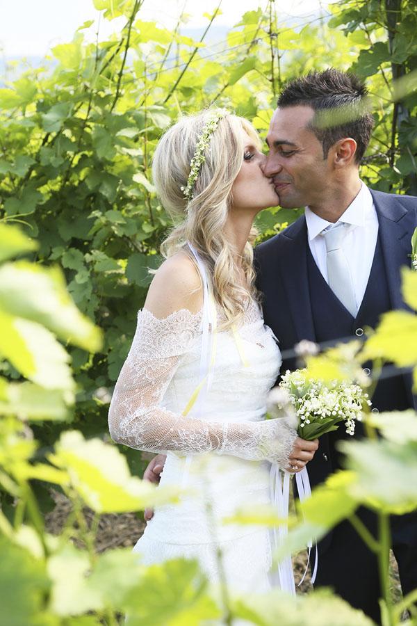 sposa in abito le spose di giò e corona floreale