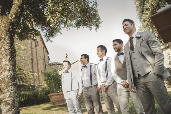 Matrimonio Nella Toscana : Lavanda e tradizioni persiane per un matrimonio in toscana