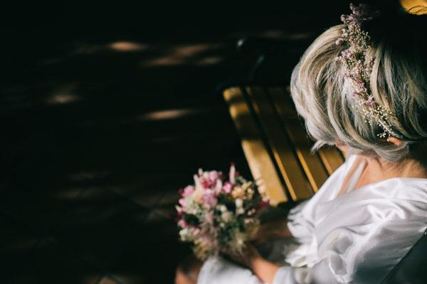 corona di fiori rosa